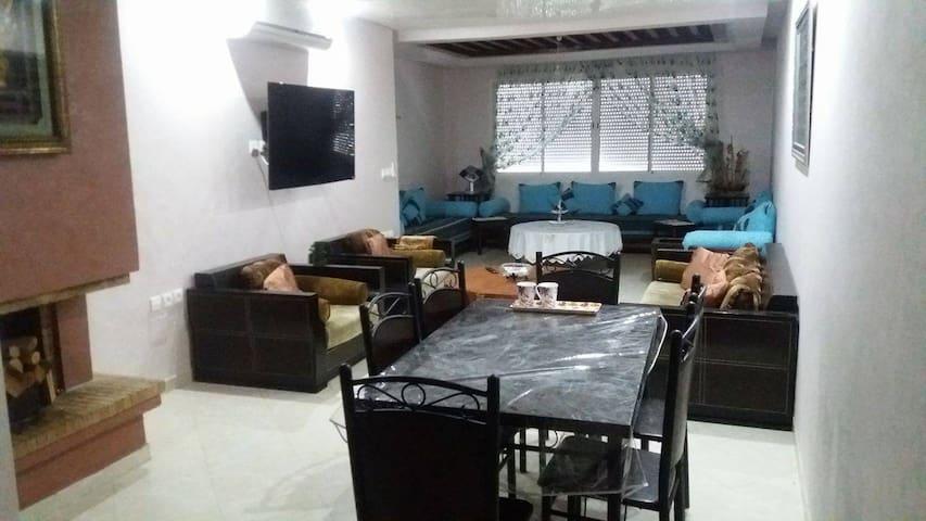 Merveilleux Appartement 100m2 à HARHOURA - Témara
