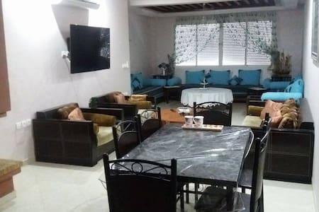 Merveilleux Appartement 100m2 à HARHOURA - Témara - Appartement