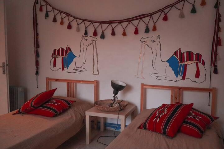 Little Blue Alb/Heart in Arabic (Camel room)