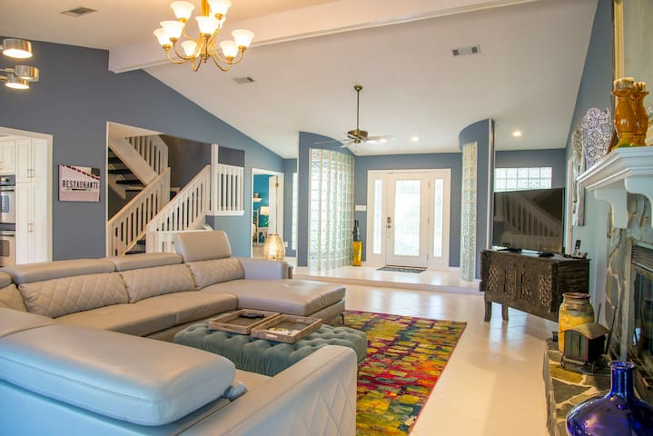 3/2.5 Beautifully Decorated Spacious Home on Water - Pace - Casa