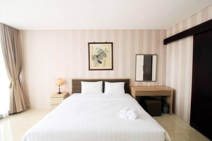 Upscale Suite 1BR Apartment at L'Avenue Pancoran