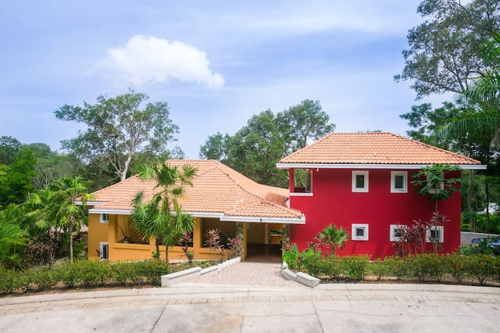 The Residence Upper Apartment - Roatan - Wohnung
