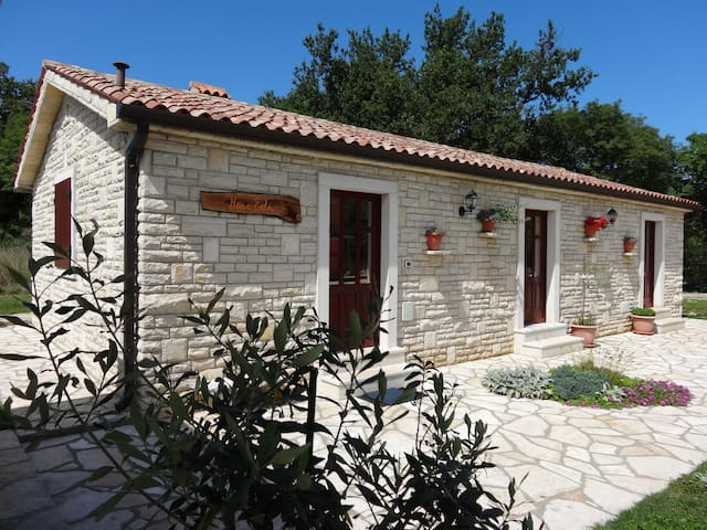 Istrian Stone House for 4 - Vrećari - Casa