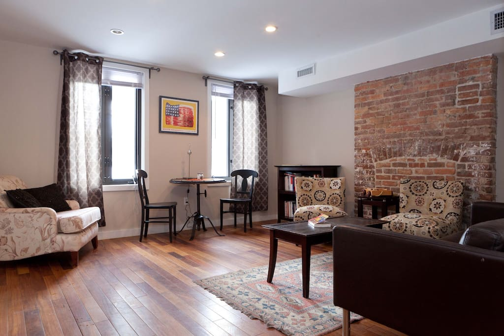 Entire Apartment Charming 1br 20min To Downtown