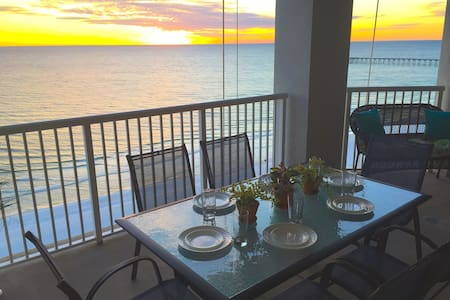Grand Panama Gulf-Front, Sleeps 10 - Panama City Beach - Condominium