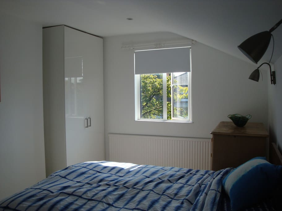 Sunny bedroom with en-suite