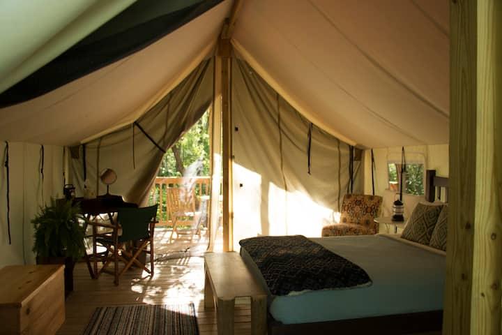 Seneca Sol Safari Tent - Cherry (Queen Bed)