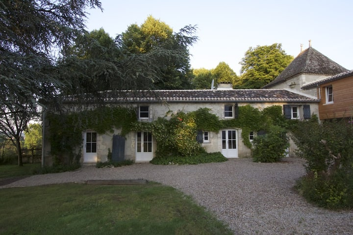 Beautiful holiday cottage in Dordogne