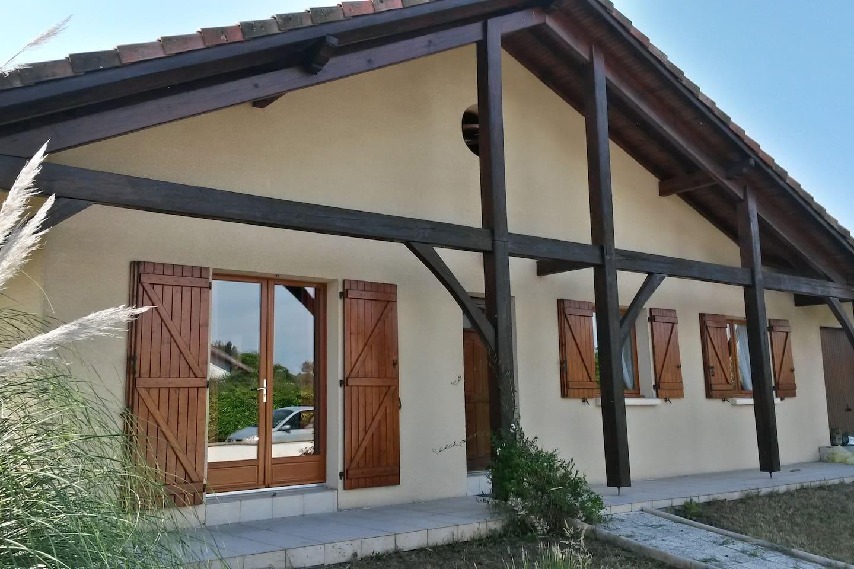 villa landaise spacieuse et lumineuse et entièrement close