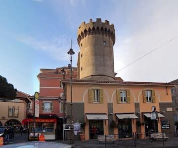 APPARTAMENTO NEI CASTELLI ROMANI - Marino