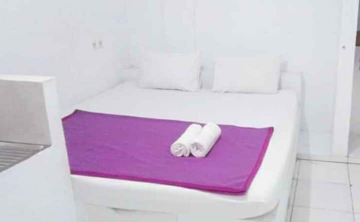Clean Room with Free Wi-Fi at G357 Near Margo City