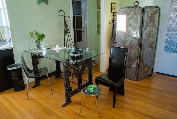 unique studio with acropolis view