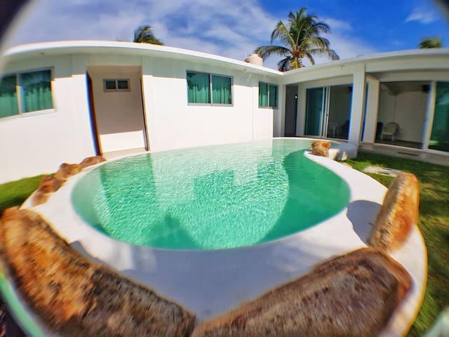 Casa Mía - Casa privada, a/a, alberca, sobre playa