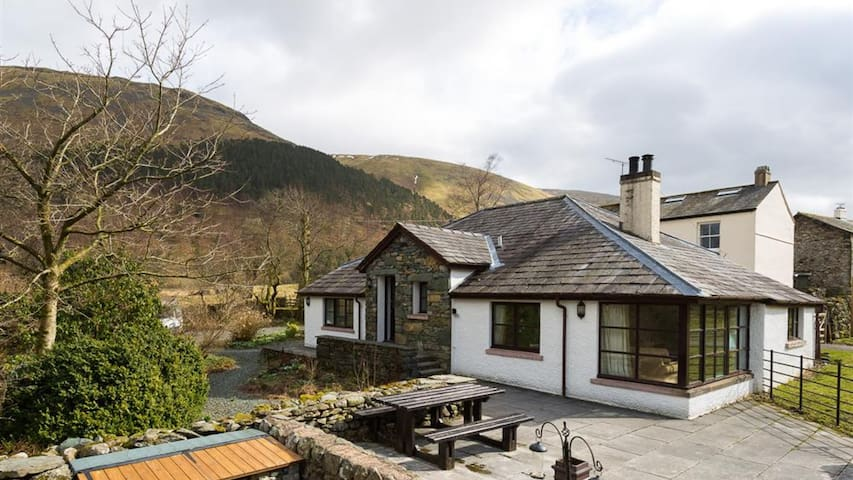 Thirlmere Cottage