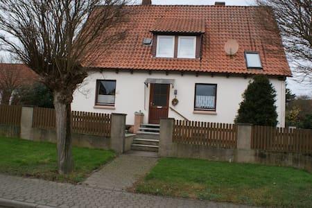 Haus Rosa - Einbeck-Drüber