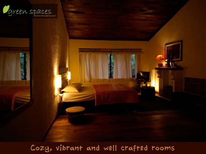 Luxury Deluxe Room by the Green spaces