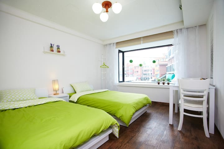 Pretty & cozy room with two beds  - Seoul - Haus