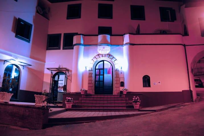 palazzo rosa - Torrice