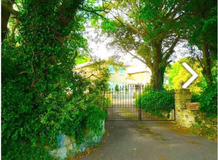 Manor House exclusive, private, bedrooms en-suite