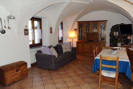 Caratteristico appartamento a Ledro - Molina - Flat