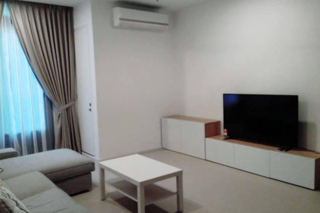 "55"" 4K LED TV"