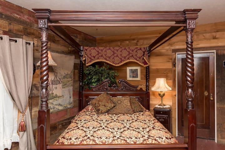"""""""Knight's Room"""