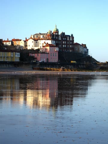 Old Lookout Promenade Beachfront apartment - Cromer