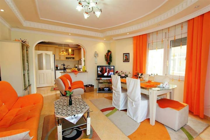 Apartment 2+1 in Oba\ Квартира 2+1 в Оба - Alanya - Apartemen