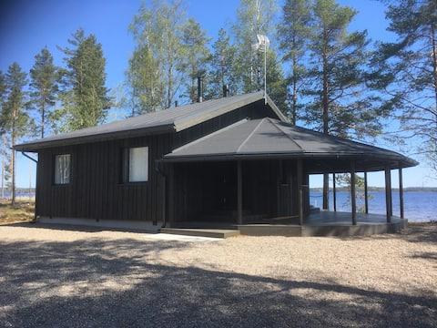 Luxury cottage at Saimaa lake