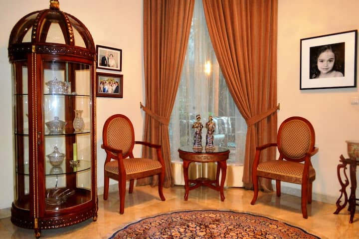PESONA GUEST HOUSE JAKARTA - SUPERIOR ROOM 1