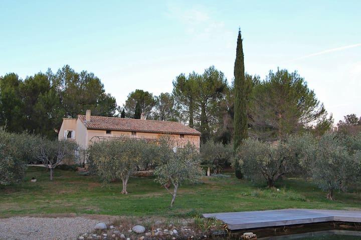 chambres manzardées - Castillon-du-Gard - Dom