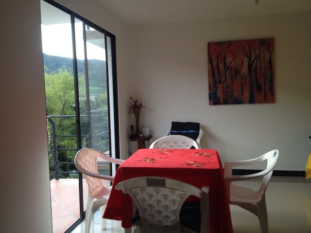 Getaway BD in charming El Retiro - La Ceja - Appartement