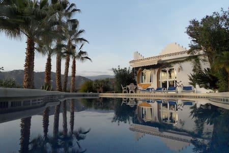 Vakantiehuis in Andalusië - zwembad - Torrox