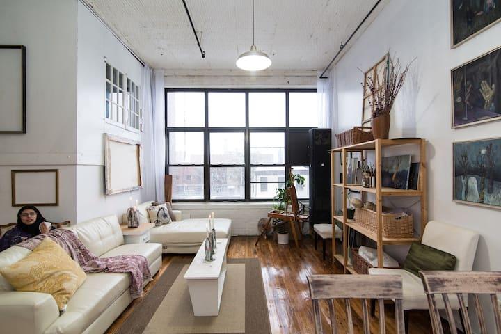 The Ladies Art Loft - Brooklyn - Loft