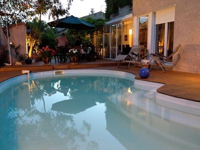 Villa chaleureuse et spacieuse  - Montpellier - Vila