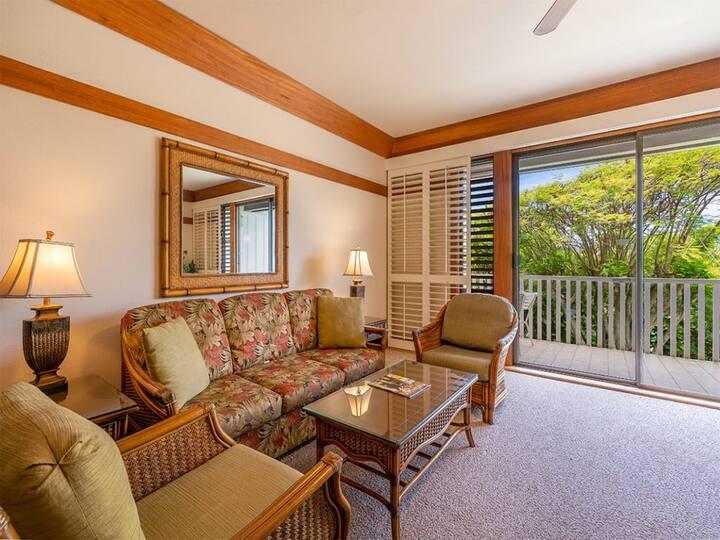 Casual Island-Style Condo w/Kitchen Updates, WiFi, Lanai–Kiahuna Plantation #2408