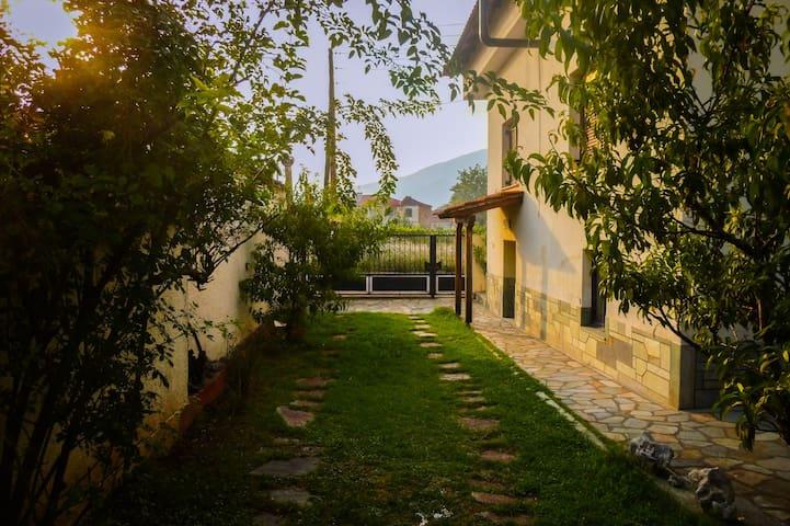 Achilleas Haus - Prosotsáni - Casa