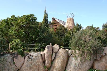 Villa a pochi passi dalla spiaggia - Conca Verde