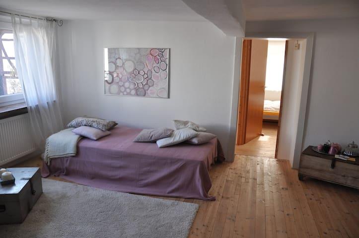 Gästezimmer in historischer Altstadt - Lich - House