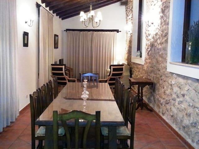 Casa 5  Alquería del Pilar, 6-10 p