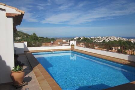 Haus mit Pool und Meerblick - El Ràfol d'Almúnia - Dom