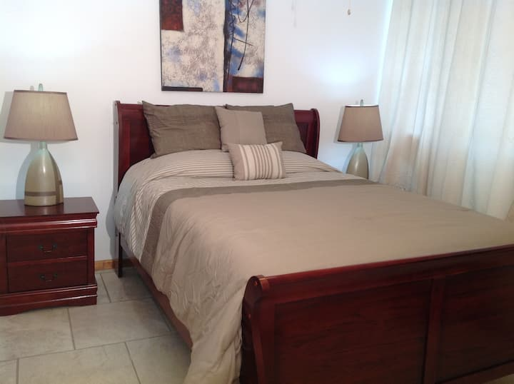 Walk to Boqueron, free WiFi, fully airconditioned