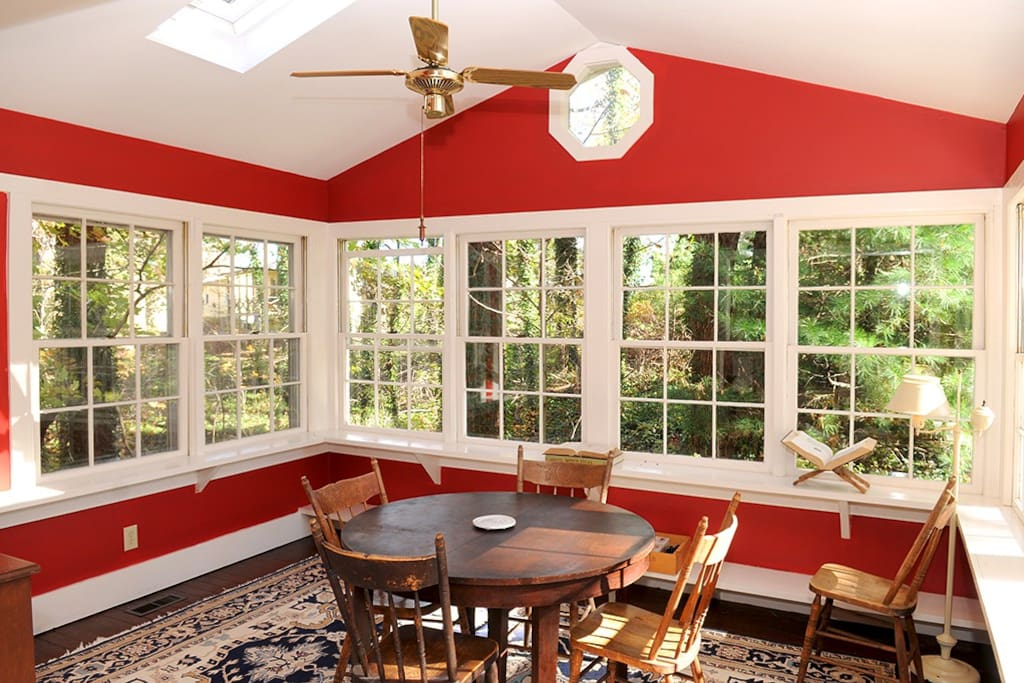 The dining room has windows and sunlights which fills the room with beautiful daylight.