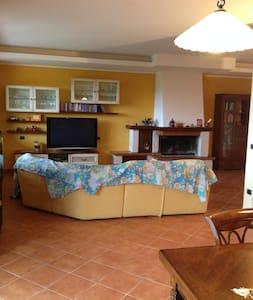 La Country House di Alessandro - Stroncone  - Villa
