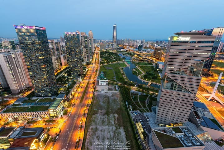 Center of the Songdo officetel