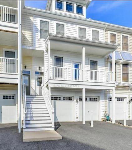 Quiet & Convenient Efficiency for a quick OC Trip - Ocean City - Apartament