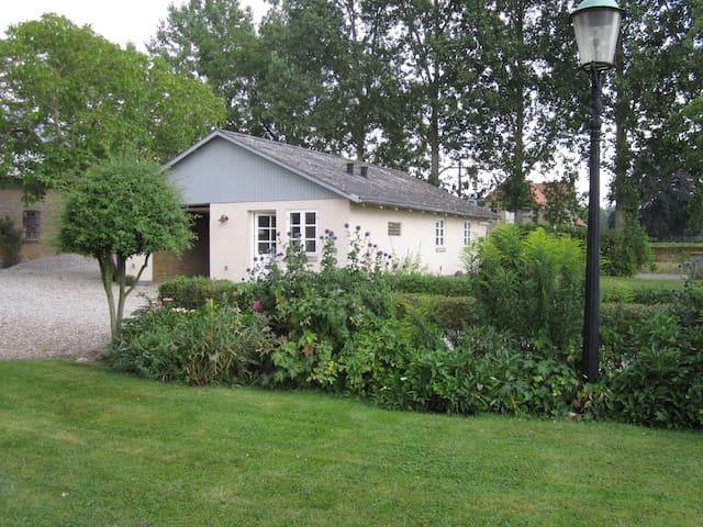 Lækkert Hus, ny indrettet. og I vil nyde freden - Sønderborg - Talo