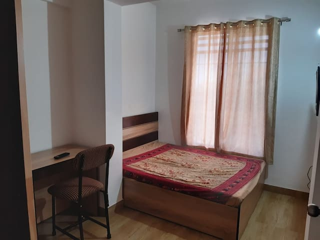 Budget friendly stay in the heart of the city..