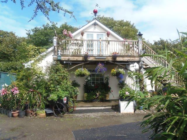 Wenden Cottage Studio