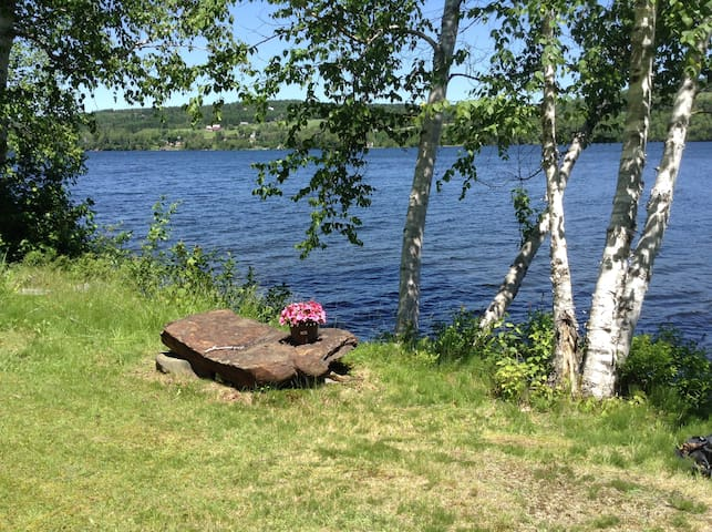 Peaceful and private waterfront - Rangeley - Huis